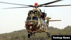 현재 한국군에서 운용 중인 노후헬기 UH-1H와 500MD를 대체하는 한국형 기동헬기(수리온·KUH)의 개발이 완료됐다고 한국 국방부 삲산하 방위사업청이 29일 밝혔다. 이에 따라 우리나라는 세계 11번째로 헬기개발국이 됐다. 사진은 수리온.