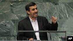 Presiden Iran Mahmoud Ahmadinejad mengecam DK PBB dalam pidatonya pada Sidang Majelis Umum PBB di New York, Rabu (26/9).