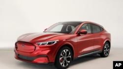 Ford presenta un Mustang Eléctrico