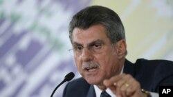 Một đoạn ghi âm bị tiết lộ cho thấy Bộ trưởng Kế hoạch Romero Juca lập kế hoạch để luận tội Tổng Thống Rousseff.