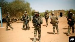 Tentara Perancis mengamankan wilayah di Gao, Mali utara.