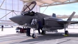 미 F-35 전투기 고가 헬멧 논란