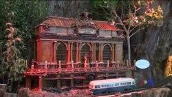 Святковий показ іграшкових потягів в Ботанічного саду у Вашингтоні. Відео