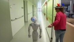 Robotlar En Büyük Rakibimiz