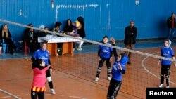 په کابل کې د افغان نجونو د والیبال د ورزش یوه لوبه