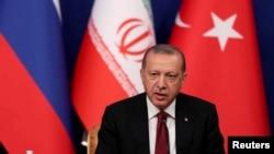 Le président turc Tayyip Erdogan prend la parole lors d'une conférence de presse à Téhéran, en Iran, le 7 septembre 2018.