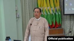 လ်ွပ္စစ္စြမ္းအင္ ျပည္ေထာင္စုဝန္ၾကီးဦးဝင္းခိုင္ (ဓါတ္ပံု- Ministry of Electricity and Energy,Myanmar)