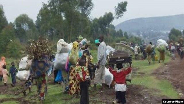 Des citoyens de Goma en fuite