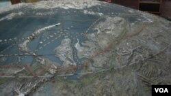 俄羅斯聖彼得堡南北極博物館中的北冰洋和北極航道圖(資料照片 美國之音白樺攝影)