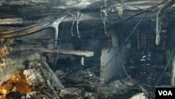Internet Kafe di kota Kaili yang meledak akibat bahan kimia yang disimpan secara gelap.