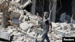 阿勒頗東部被炸後變成一片廢墟