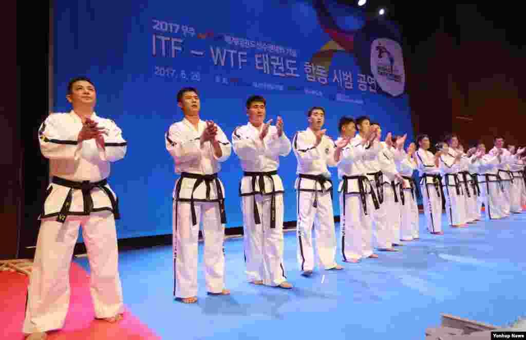 مسابقات جهانی تکواندو در کره جنوبی در حال برگزاری است.