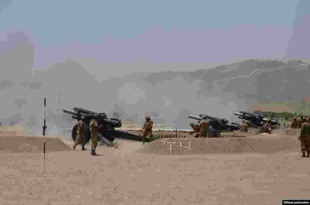 فوج کے مطابق افغان سرحد سے ملحقہ اس قبائلی علاقے کے بیشتر حصے کو دہشت گردوں سے صاف کروا لیا گیا ہے۔