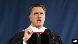 Ông Romney lên tiếng bênh vực các cuộc hôn nhân truyền thống, giữa một người nam và một người nữ.
