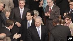 د اسرائیلو صدر اعظم بینیامین نیتن یاهو ته د امریکا په پارلمان کې تود هرکلی وویل شو