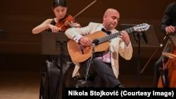 """Gitarista Nemanja Bogunović u Karnegi holu izveo je svoje autorske kompozicije sa albuma """"Bogunović plays Bogunović"""""""