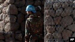 지난해 6월 시리아 골란고원에서 유엔 평화 유지군이 경계 근무를 서고 있다. (자료사진)