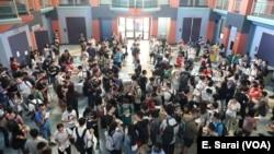 Hundreds of graduate students attended Rice University's International Graduate Student orientation.