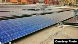 美國馬里蘭州蒙哥馬利郡的太陽能板