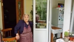 Երբ ապրում ու աշխատում են հավեսով ․ 96-ամյա Հասմիկ տատիկին հյուր