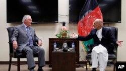 دیدار وزیر خارجه آمریکا و رئیس جمهوری افغانستان در کابل