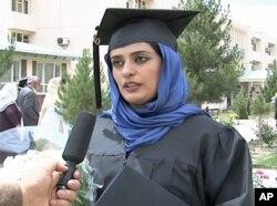 آمارهای اخیر: 'هفده میلیون افغان بی سواد هستند'