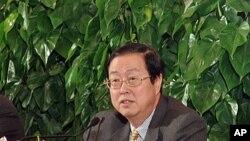 چین کے مرکزی بینک کے گورنر (فائل فوٹو)