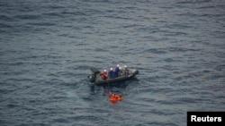 Lực lượng cứu hộ Nhật Bản tiến hành cuộc giải cứu hôm 7/10.