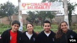 Los Jóvenes Embajadores, que acababan de viajar a Estados Unidos, regresaron con el deseo de contribuir en forma solidaria con la comunidad.