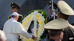 پاپ فرانسیس در مراسم گرامیداشت کشتار ارامنه در ایروان- ۲۵ ژوئن