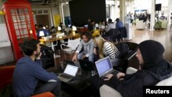 Start-Up Chile participants work at the program's headquarters in Santiago, Aug. 10, 2015. Since 2010, the Chilean government has awarded over $40 million in seed capital to thousands of up-and-coming innovators. It has fostered a tech hub nicknamed Chilecon Valley.