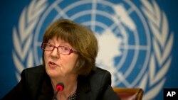 Kirsten Sandberg, ketua komite hak asasi manusia PBB tentang hak-hak anak, memberikan keterangan dalam konferensi pers di markas PBB di Jenewa, Swiss (5/2).