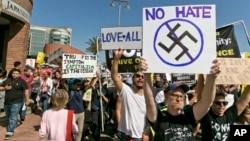 Manifestación contra el racismo en Los Angeles.