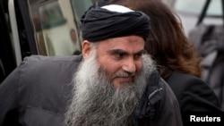 Giáo sĩ Abu Qatada từng bị kết tội khiếm diện vào năm 1999 và bị tuyên án tù chung thân.