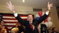 کریس گیبسون، نامزد جمهوری خواه پیروزی خود را در مقابل اسکات مورفی برای نمایندگی نیویورک در مجلس نمایندگان جشن گرفته است