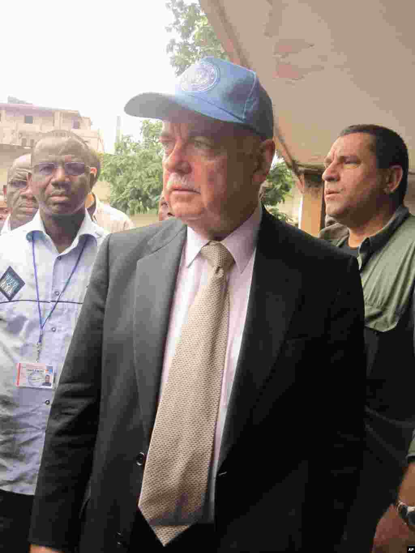 Roger Meece 2 represenant du Secretaire General de l'ONU en RDC Kinshasa 28 Novembre 2011 NICOLAS PINAULT VOA