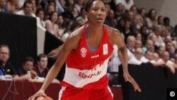 La basketteuse internationale Géraldine Robert jointe par Nathalie Barge