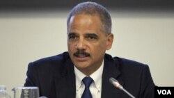 Holder ha testificado varias veces en el Capitolio sobre la operación de traspaso ilegal de armas a México.