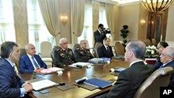 ترک صدر عبداللہ گل اعلیٰ سطحیٰ اجلاس کی صدارت کررہے ہیں