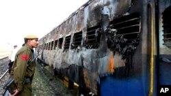 سمجھوتا ایکسپریس بم دھماکہ کیس: ہندو شدت پسند سوامی اور چار دوسروں کے خلاف فردِ جرم