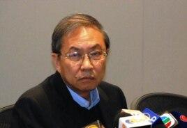 香港城市大学讲座教授郑宇硕(美国之音汤惠芸拍摄)