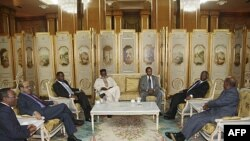 Учасники переговорів в Аддіс-Абебі у справі Аб'єй