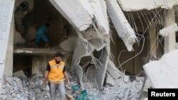 Depósito de medicamentos destruido, Aleppo, Síria, 2016.