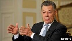 El saliente presidente de Colombia, Juan Manuel Santos la decisión final sobre el cese el fuego con el ELN recaerá en el nuevo gobierno.