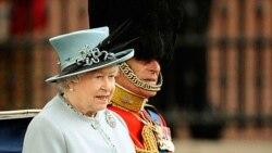 """Segun el diario """"The Sun"""", fue la reina Isabel II quien le pidió personalmente a Daniel Craig su participación."""