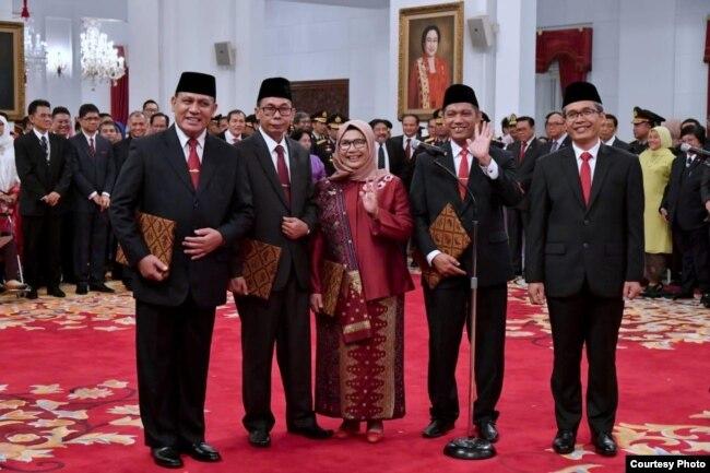 Lima Pimpinan KPK periode 2019-2023 usai dilantik di Istana Negara, Jakarta , Jumat (20/12) (Biro Setpres)