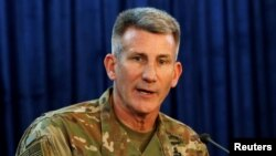 جان نکلسن در کنفرانس ویدیویی از کابل با جمعی خبرنگاران در مقر وزارت دفاع ایالات متحده صحبت کرد