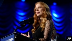 "Jessica Chastain accepts the chairman's award for ""Molly's Game"" at the 29th annual Palm Springs International Film Festival on Tuesday, Jan. 2, 2018, in Palm Springs, California."