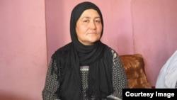 Afg'onistonlik o'zbek tabibi Najiba Dohiy