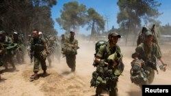 Israel bắt đầu cuộc hành quân trên bộ vào Dải Gaza do Hamas kiểm soát.
